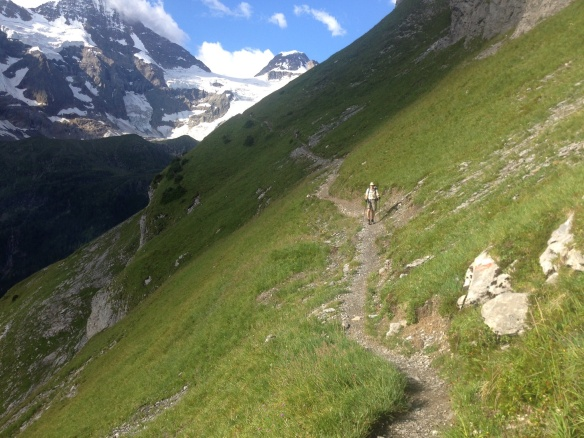 Hiking out of the upper Lauterbrunnen valley